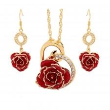 Vergoldete Rose mit rotem Schmuckset. Herz-Design