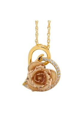 Weiß glasierter Rosenblütenanhänger. Herz-Design
