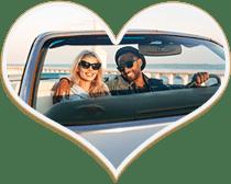 Paar auf einer romantischen Spazierfahrt